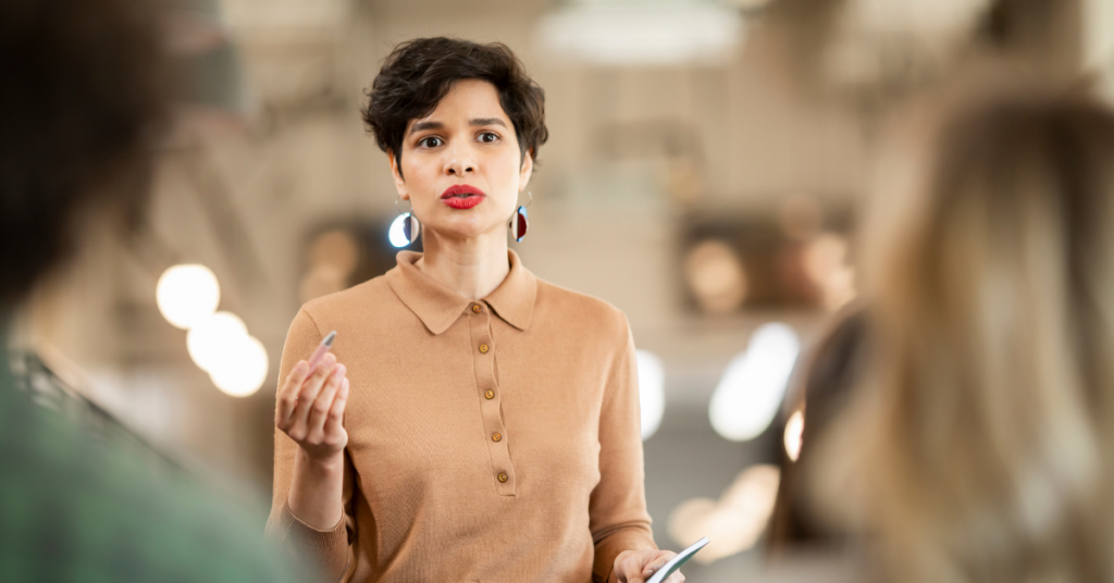 BECOME A STRONG COMMUNICATOR WITH THESE 3 CONVERSATION DYNAMICS